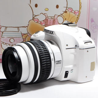 ペンタックス(PENTAX)の◆かわいい白◆PENTAX K-X レンズキット◆オマケ付き◆(デジタル一眼)