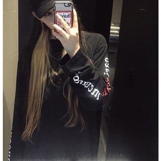 袖ロゴTシャツ 長袖トップス 韓流ロンT メンズ&レディース (ブラック)(Tシャツ(長袖/七分))