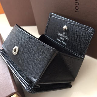 ルイヴィトン(LOUIS VUITTON)の美品 正規品ルイヴィトンコインケースエピブラック(コインケース)