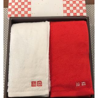 ユニクロ(UNIQLO)の新品 ユニクロ 紅白 タオル(タオル/バス用品)