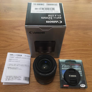 キヤノン(Canon)のEF-M 32mm f1.4 STM(レンズ(単焦点))
