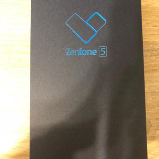 エイスース(ASUS)のZenfone5 (ZE620KL)シルバー(スマートフォン本体)