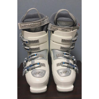 ノルディカ(NORDICA)の【未使用】スキー靴 ノルディカ レディース(ブーツ)