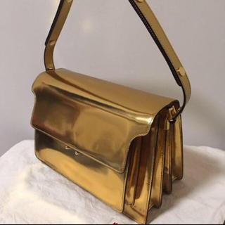 マルニ(Marni)のmarni トランクバッグ ゴールド マルニ 美品 半額以下 セール セリーヌ(ショルダーバッグ)