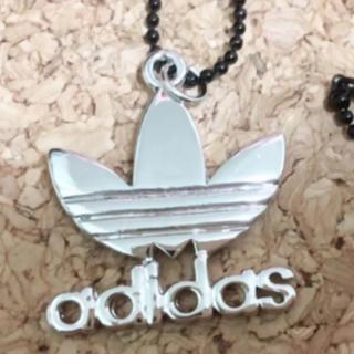 アディダス(adidas)のadidasネックレス(ネックレス)