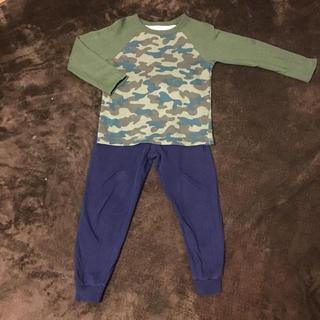 ジーユー(GU)のguパジャマ上下スウェット部屋着迷彩120cm(パジャマ)