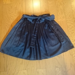 ナンバージュウイチ(n゜11)のn°11 n°44 ブラック 膝丈 スカート(ひざ丈スカート)