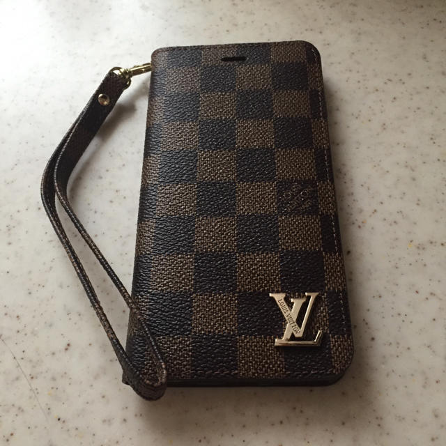iphone7 特徴 | LOUIS VUITTON - ルイヴィトン iPhone6plus カバー ケースの通販 by ハナ's shop|ルイヴィトンならラクマ
