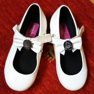 ディズニー(Disney)のディズニーリゾート 白い靴(フォーマルシューズ)
