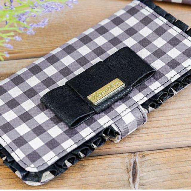 iphone7 ケース 輸入 | le reve vaniller - タックフリル リボン iPhoneケースの通販 by つー's shop|ル レーヴ ヴァニレならラクマ