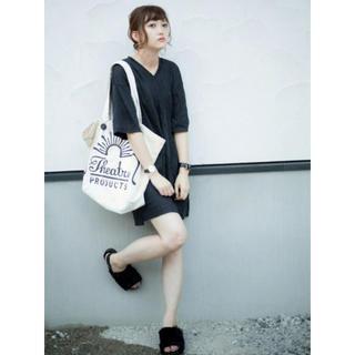ジーユー(GU)のGU Tシャツ Tワンピース Tドレス Vネック ブラック L(ミニワンピース)