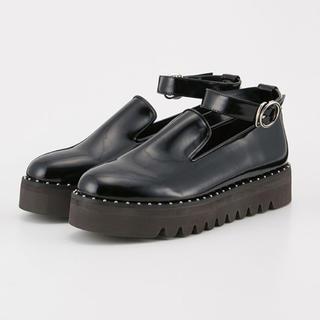 スライ(SLY)のLAGUA GEM SMALL STUDS FLAT SHOES(ローファー/革靴)