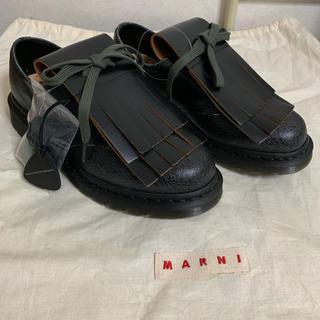MARNI × Dr.Martens コラボ レザー タッセルシューズ(ドレス/ビジネス)