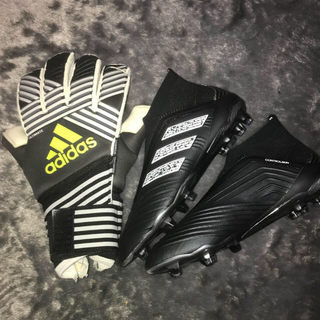 adidas - 2点セット!! サッカースパイク キーパーグローブ