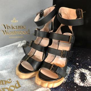 ヴィヴィアンウエストウッド(Vivienne Westwood)の新品 Vivienne アニマルバックル オーブヒール (ブーツ)