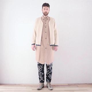 オータ(ohta)のohta /16AW beige long jacket 【値下げ交渉可】(ノーカラージャケット)