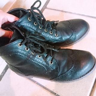 ニジュウサンク(23区)の美品♡フェイクレザー 編み上げ ブーツ(ブーツ)