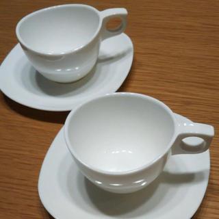 ウニコ(unico)のLuminarcリュミナルクカップ&ソーサー4客セットzenixyalta半額(グラス/カップ)