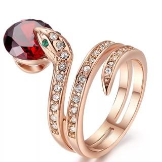 まさし様専用 蛇指輪(赤とクリアのストーン各1つ)とベージュ口紅3本セット(リング(指輪))