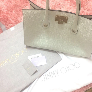 ジミーチュウ(JIMMY CHOO)のJIMMY CHOO♡新作新品バッグ(トートバッグ)
