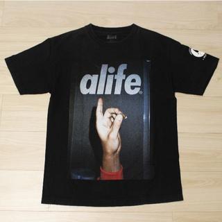 エーライフ(ALIFE)のALIFE × Pretty Puke コラボTシャツ(Tシャツ/カットソー(半袖/袖なし))