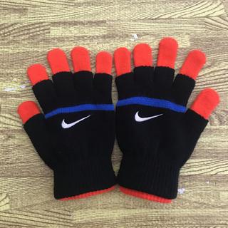 ナイキ(NIKE)のNIKE 手袋 キッズ  新品未使用(手袋)