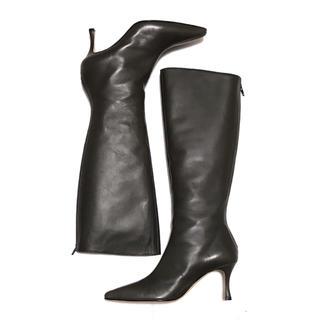 マノロブラニク(MANOLO BLAHNIK)のMANOLO BLAHNIK マノロブラニク ブーツ 38 1/2(ブーツ)