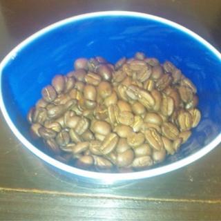 有機JASコーヒー豆手網情熱焙煎200gペルーセンフロ組合+モカクイーン200g(コーヒー)