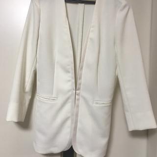 スーツカンパニー(THE SUIT COMPANY)のWHITE THE SUIT COMPANY ジャケット 丈長め 白(ノーカラージャケット)