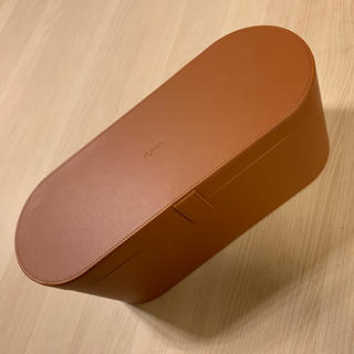 Dyson Airwrapのケース
