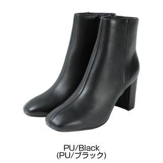 ティティベイト(titivate)の【美品】ショートブーツ  ブラック(ブーツ)
