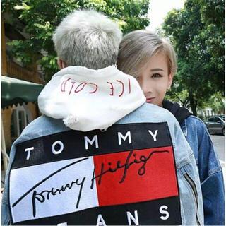 トミー(TOMMY)のtommy ディズニーデニムジャケット ライトブルー値下げ可能!(Gジャン/デニムジャケット)