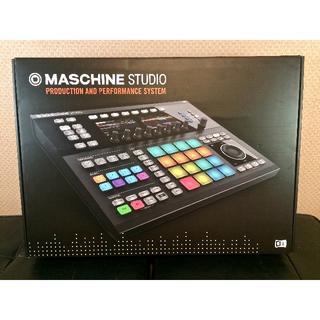 誠様 取引締結品 MASCHINE STUDIO + α(MIDIコントローラー)