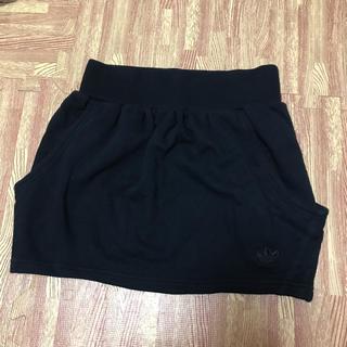 アディダス(adidas)のアディダスオリジナルススカート(ミニスカート)