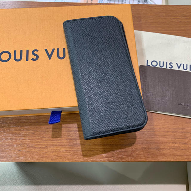 LOUIS VUITTON - ルイヴィトン iphone7 スマホケース エピ ブラックの通販 by coco|ルイヴィトンならラクマ