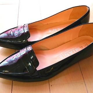 マミアン(MAMIAN)のマミアン MAMIAN 甲浅ポインテッドトゥローファー 124AW1-ag(ローファー/革靴)