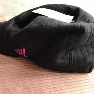 アディダス(adidas)のアディダスのキルト生地の帽子(キャスケット)