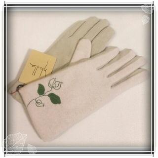 シビラ(Sybilla)の週末セール 新品 シビラ カシミヤ混 革 手袋 sybilla グローブ ☆(手袋)