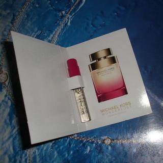 セフォラ(Sephora)のMICHAEL KORS Wonderlust 1.5ml(香水(女性用))