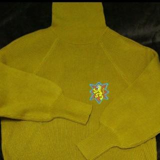 プニュズ(PUNYUS)のプニュズ タートルニット 胸元刺繍 新品未使用 イエロー 大きいサイズ(ニット/セーター)