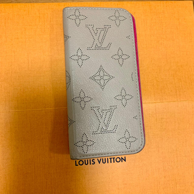 iphone7 ケース 高級 、 LOUIS VUITTON - ルイヴィトン iPhoneケースの通販 by み(  ˊᵕˋ  )♡'s shop|ルイヴィトンならラクマ