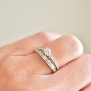 アーカー(AHKAH)のアーカー エンゲージリング ダイヤモンド 8.5号(リング(指輪))