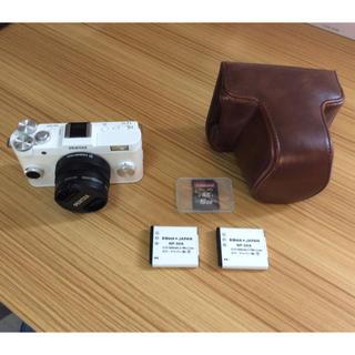 ペンタックス(PENTAX)の中古美品!PENTAXミラーレス一眼カメラセット!!総額3万円相当!!(ミラーレス一眼)
