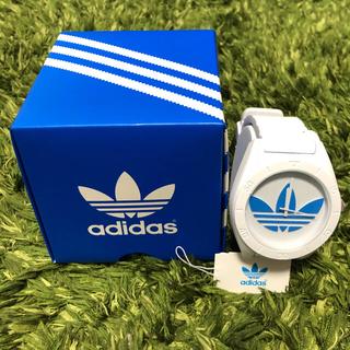 アディダス(adidas)のadidas  アディダス 腕時計 白✖️青(腕時計(アナログ))