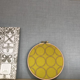 ミナペルホネン(mina perhonen)のミナペルホネン tambourine dop 刺繍枠 パネル ハンドメイド(ファブリック)