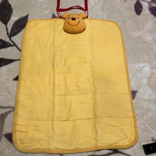ディズニー(Disney)のプーさんのオムツ替えシート(おむつ替えマット)