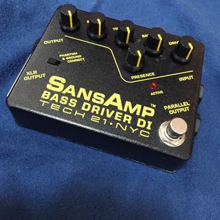 sansamp bass driver di (ベースエフェクター)