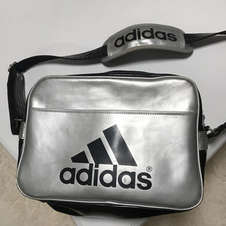 アディダス(adidas)のアディダス adidas エナメルバッグ (ショルダーバッグ)