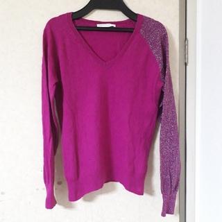 ローリーズファーム(LOWRYS FARM)のローズVセーター(ニット/セーター)