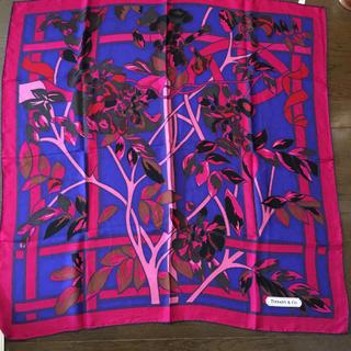 ティファニー(Tiffany & Co.)のティファニー  スカーフ  88×88  ニューヨーク ティファニー本店(バンダナ/スカーフ)